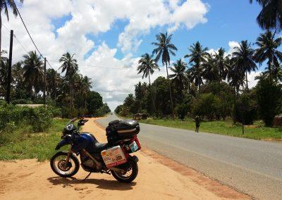 Inhambane road