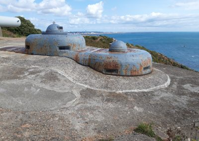 Command guns at Noirmont Point